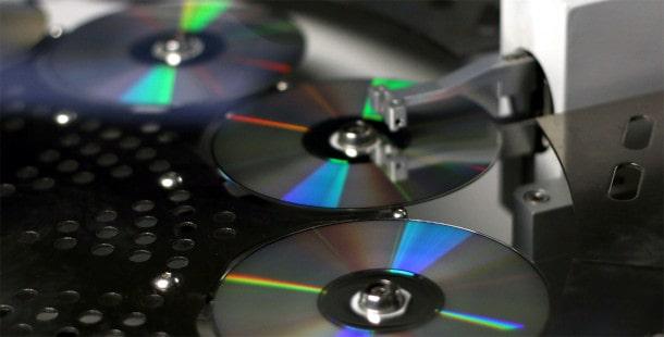 Tłoczenie, produkcja płyt CD DVD
